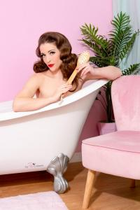Pinup Makeover in Vintage Bathroom Set